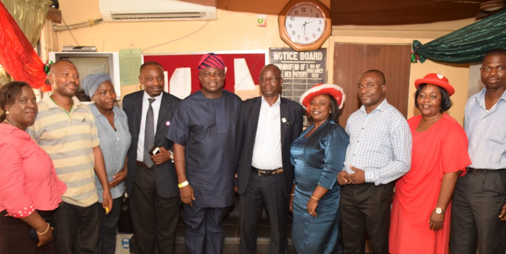 Akinwunmi Ambode visits Gbagada General Hospital