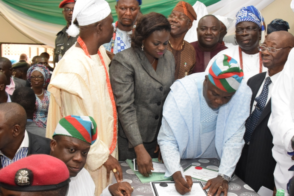 Mr. Akinwunmi Ambode, Lagos State 2015 Governor-Elect, Signing the Certificate